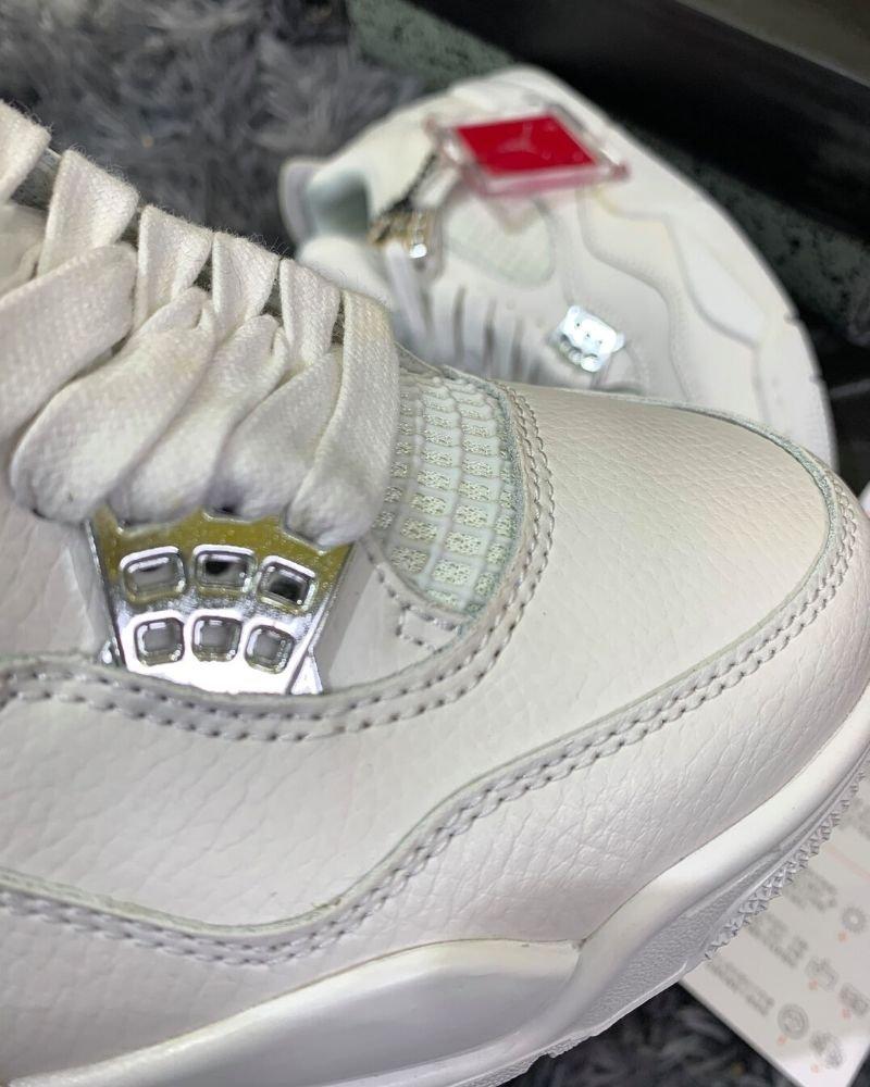Air Jordan 4 full white like auth