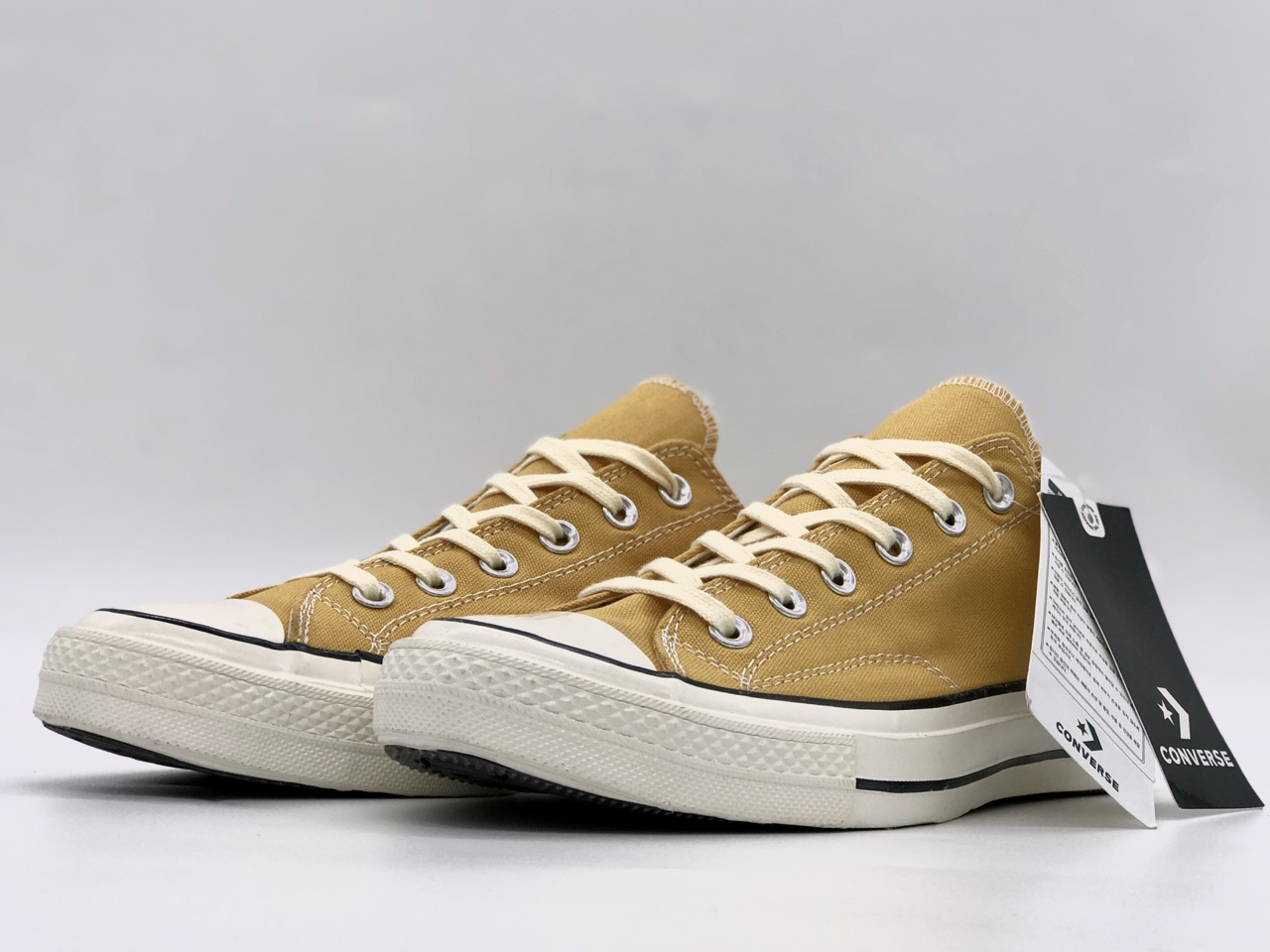 Giày Converse 1970s vàng flower cao cổ rep