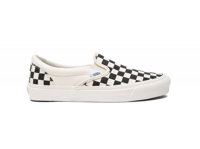 Giày Vans Vault Checkerboard Slip on trắng đen SF