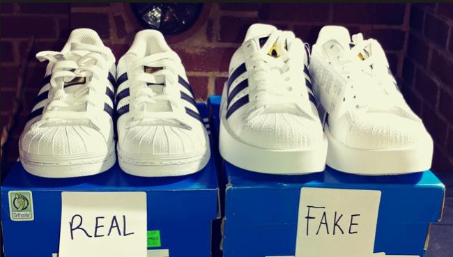 Kiểm tra giày adidas thật giả