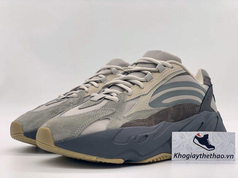 giày yz 700 tephra