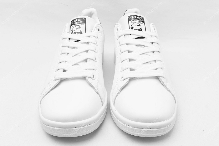 Mua giày Stan Smith chính hãng cần lựa chọn những địa chỉ uy tín