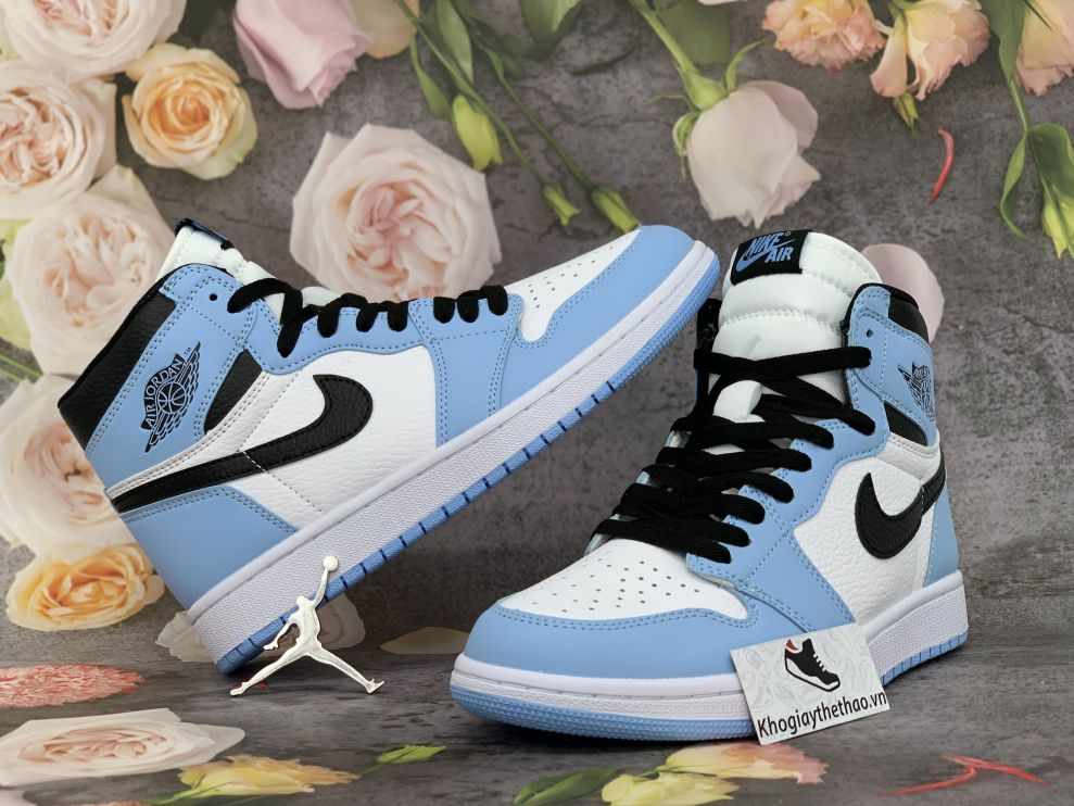 Giày Nike Air Jordan 1 cao cổ University Blue