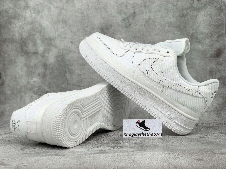 giày Nike rách