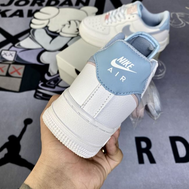 Nike af1 LV8 GS Double Swoosh