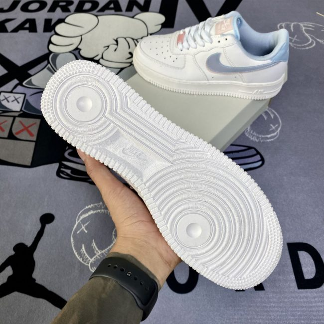 Nike Air Force 1 LV8 GS Double Swoosh