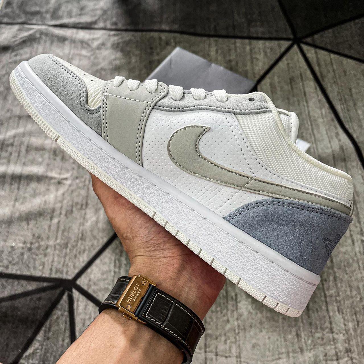 Nike Air Jordan 1 Low Paris like auth