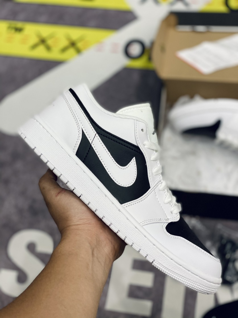 giày Air Jordan 1 Low Panda Trắng đen Like Auth