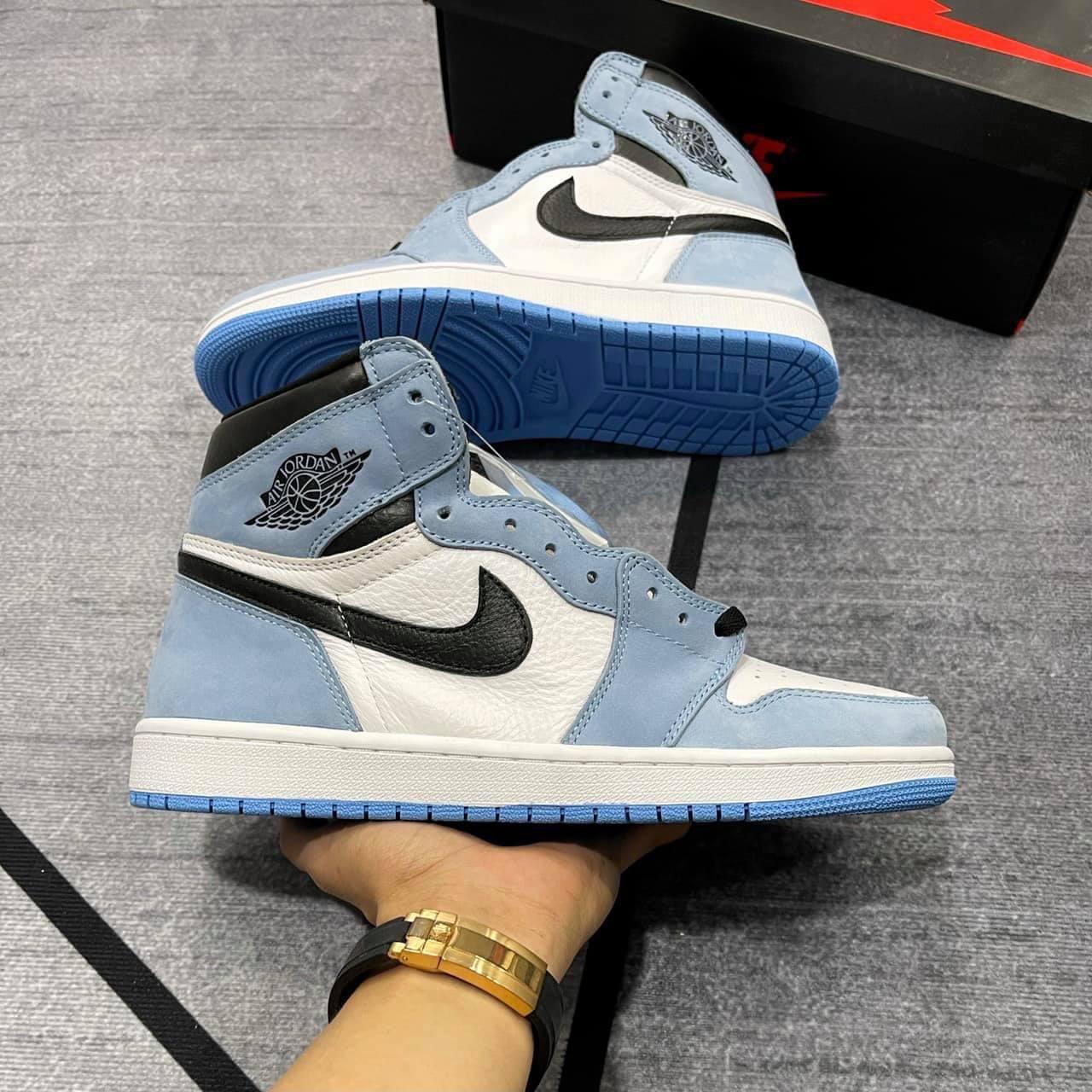 Top-10+-đôi-giày-Nike-Air-Jordan-1-hot